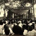 Spectacle sous les Platanes - Ecole 1955