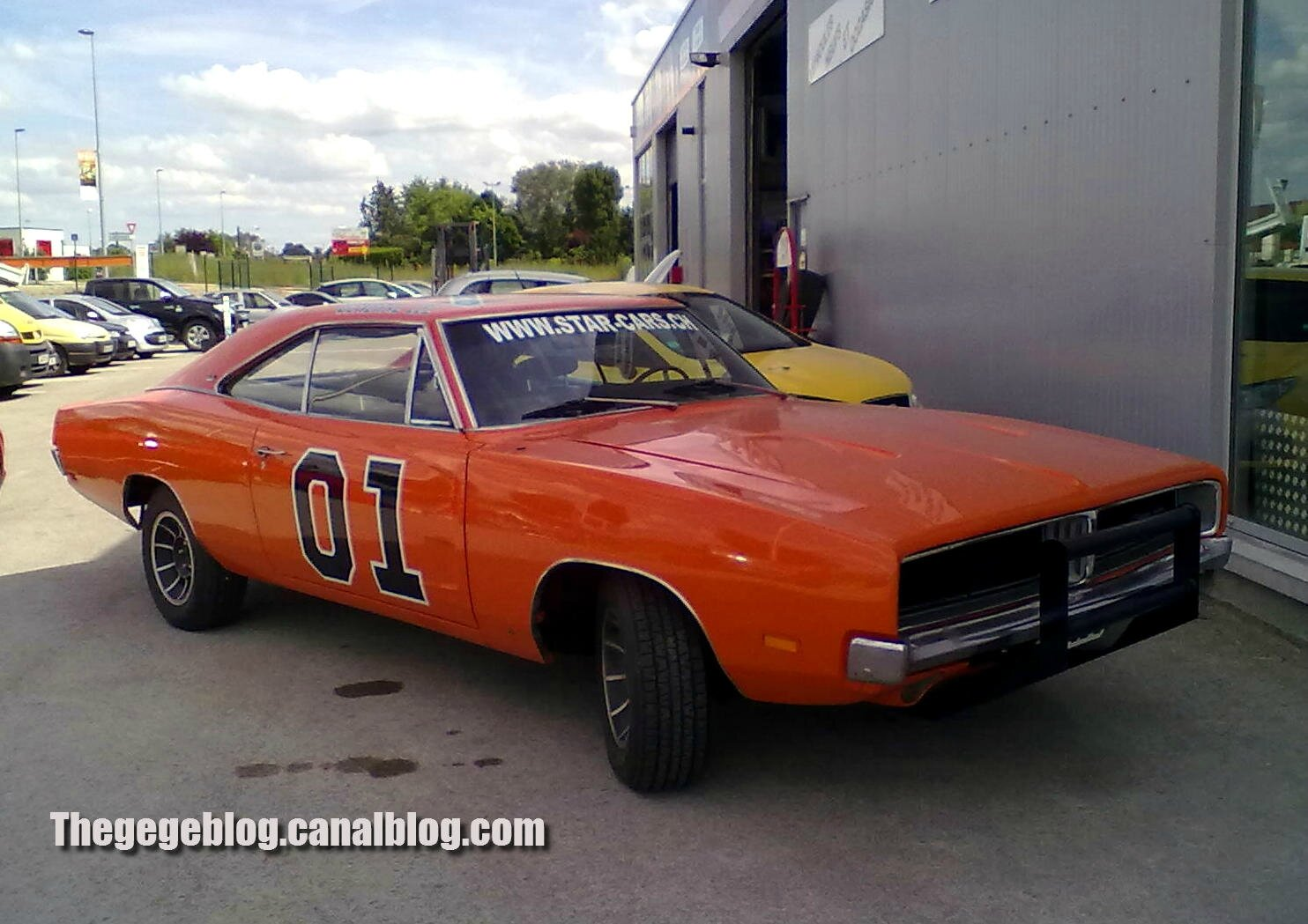 Dodge charger coupé special édition de 1969 general lee (Brienne le chateau) 01