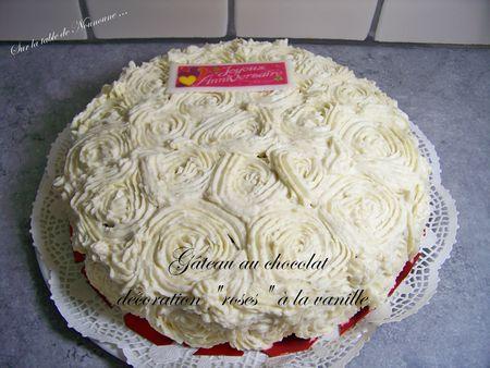 Gâteau chocolat décoration roses 1