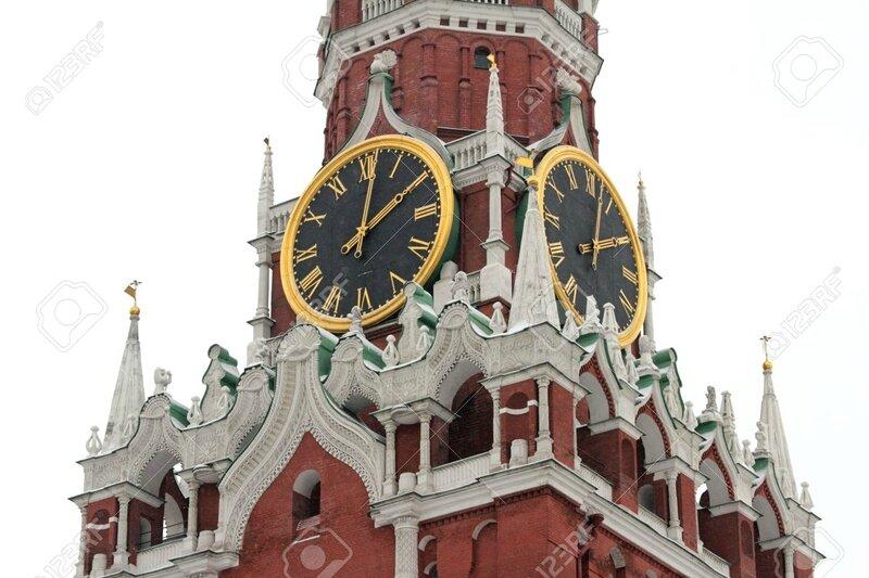 20441046-Horloge-de-Tour-Spassky-Kremlin-la-Place-Rouge-Moscou-Russie-Banque-d'images