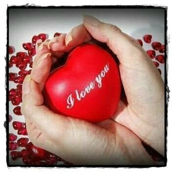 i-love-you-heart-in-hand-graphic
