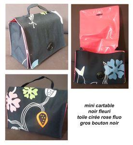 mini_cartable_noir_fleuri