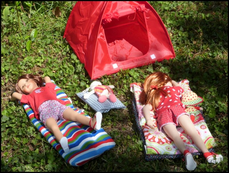 Camping au jardin la vie r v e de clara et cie poup es for Camping au jardin