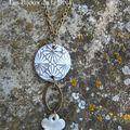 Sautoir 11 ; Gris et anneau ovale