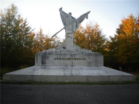 Monument_Mort_homme