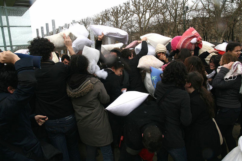 12-Pillow Fight 2010_2506