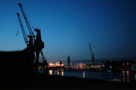 Nuit-sur-les-docks-05