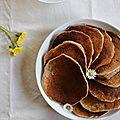 Pancakes à la banane, au coco et à la vanille