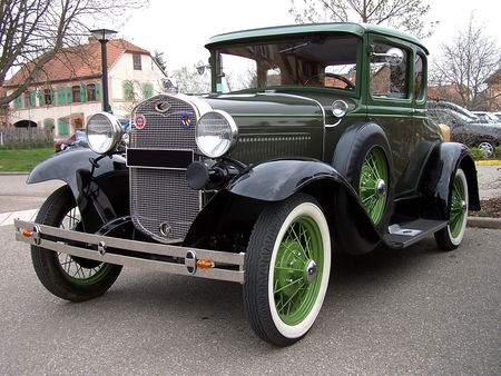 FORD Model A 5window Coupe 1931 Bourse Echanges Auto Moto de Chatenois 2009 1