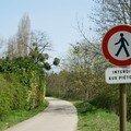 Interdit aux piétons - Lac Kir - Dijon - Avril 2007