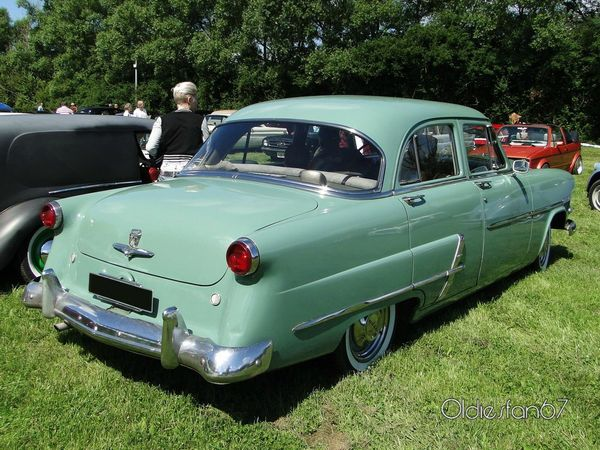 ford customline 4door sedan de 1953 b