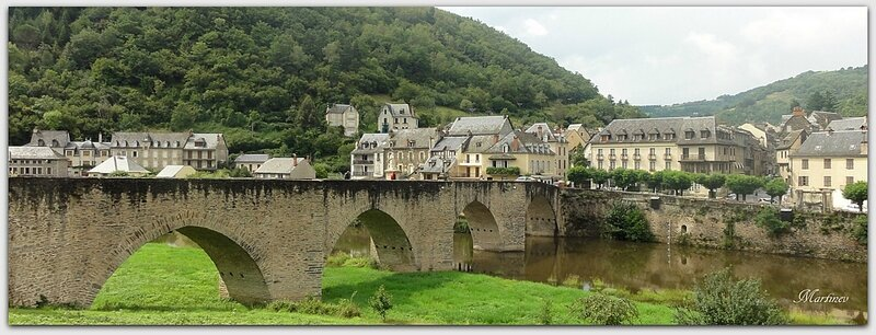 02 08 020 Estaing (Aveyron) (6)1