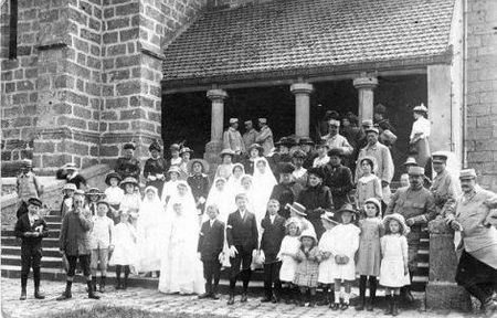 Bombom_communion_1918