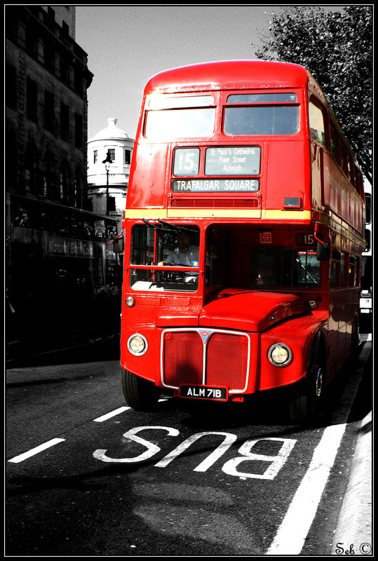 old bus to trafalgar square dans l 39 oeil de seb ii. Black Bedroom Furniture Sets. Home Design Ideas