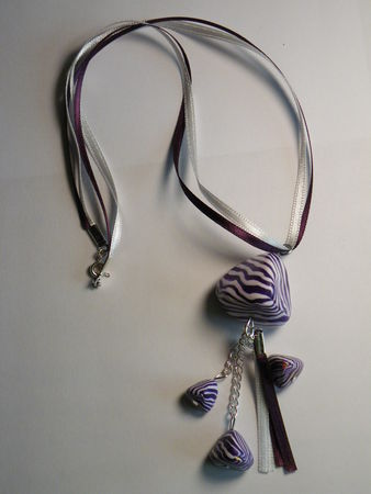 collier_berlingot_violette
