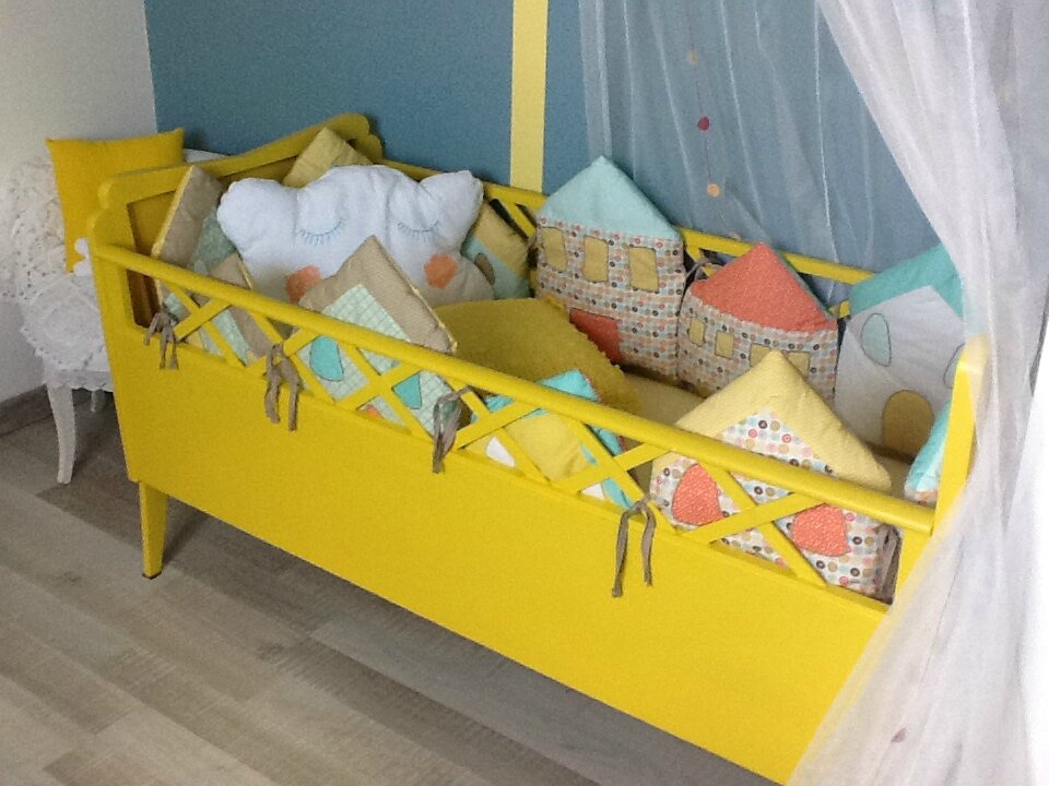photo - Chambre Bebe Jaune Moutarde