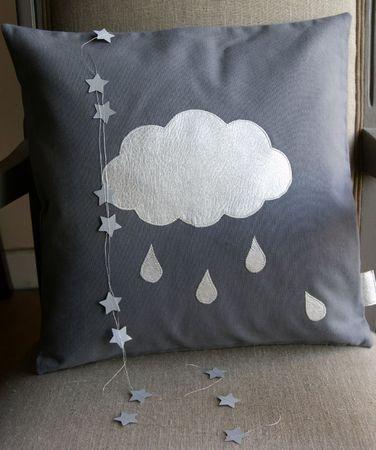 nuage et guirlande d 39 toiles argent es maison d 39 etoiles. Black Bedroom Furniture Sets. Home Design Ideas