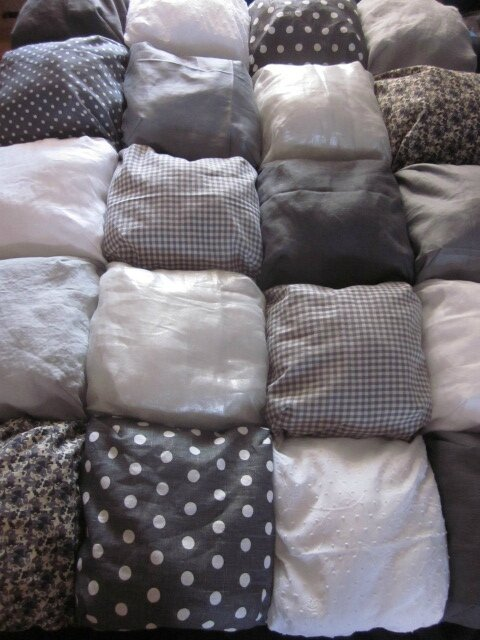 Edredon 20 coussins gris et blanc n°2 (3)