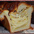Cake brioché aux pommes et fromage blanc