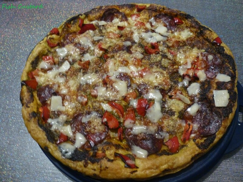 Tarte feuilletée au pesto, chorizo, poivrons et parmesan (11)