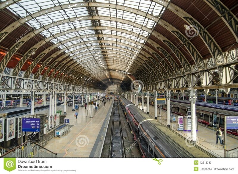 gare-de-paddington-londres-42212383