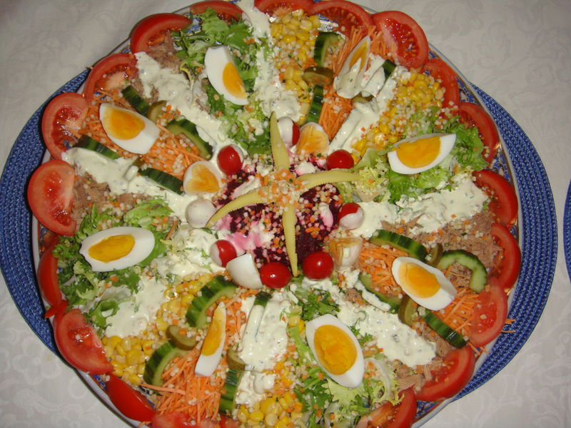 Salade composes l 39 art de deguster for Decoration salade de fruits