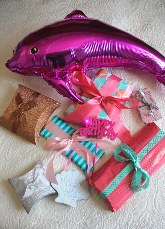 happy_6_under_the_sea_gifts