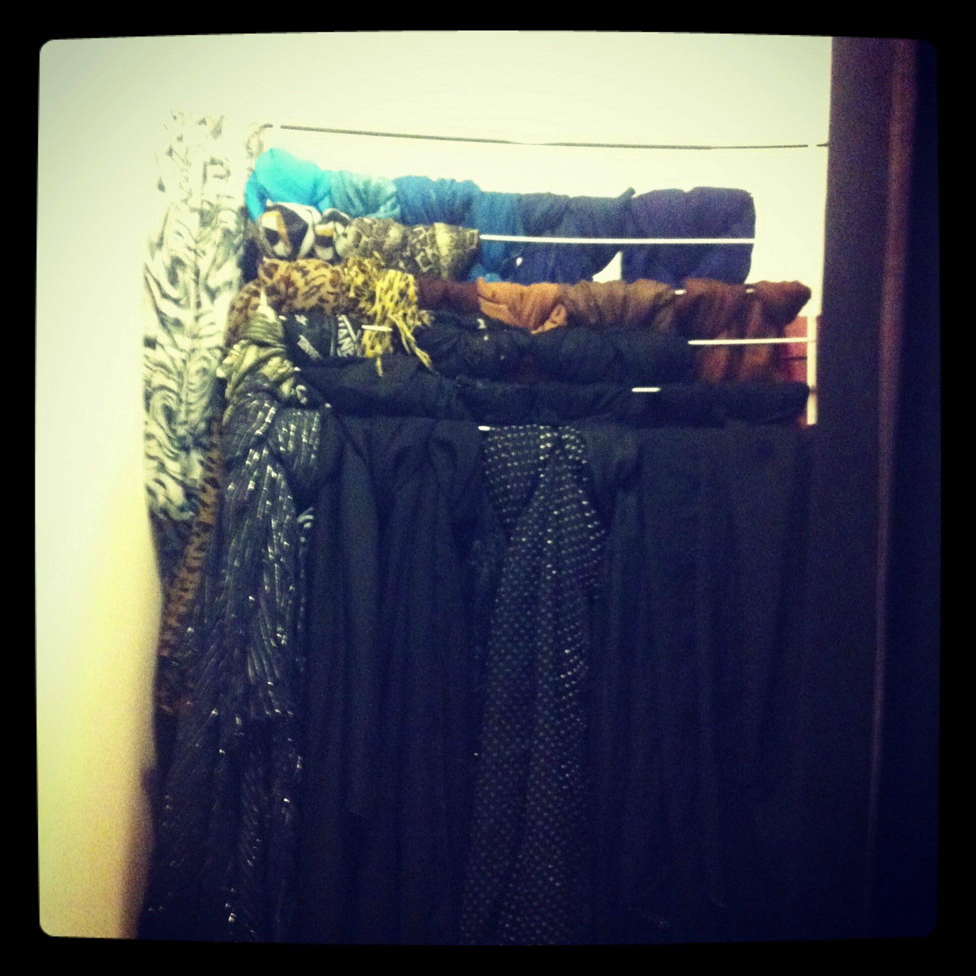comment ranger ses foulards boo de mode. Black Bedroom Furniture Sets. Home Design Ideas