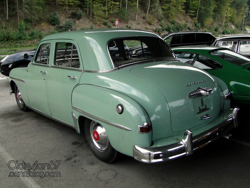 plymouth-special-deluxe-sedan-1950-02