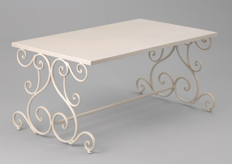 table basse fer blanc