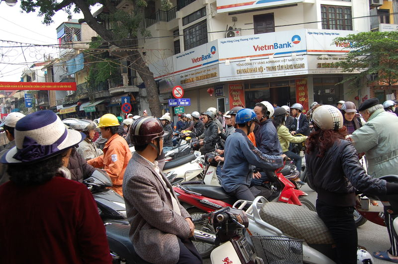 embouteillage motos  Hanoi