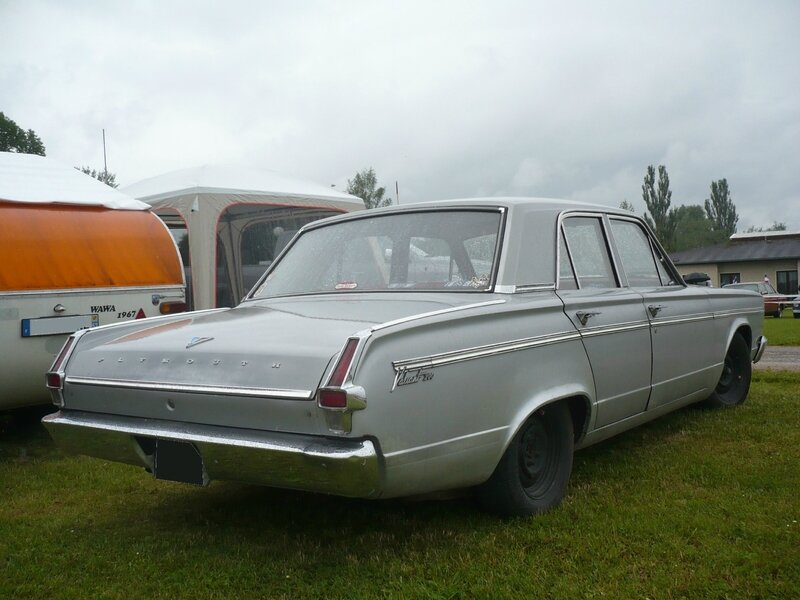 PLYMOUTH Valiant 200 4door Sedan 1966 Madine (2)