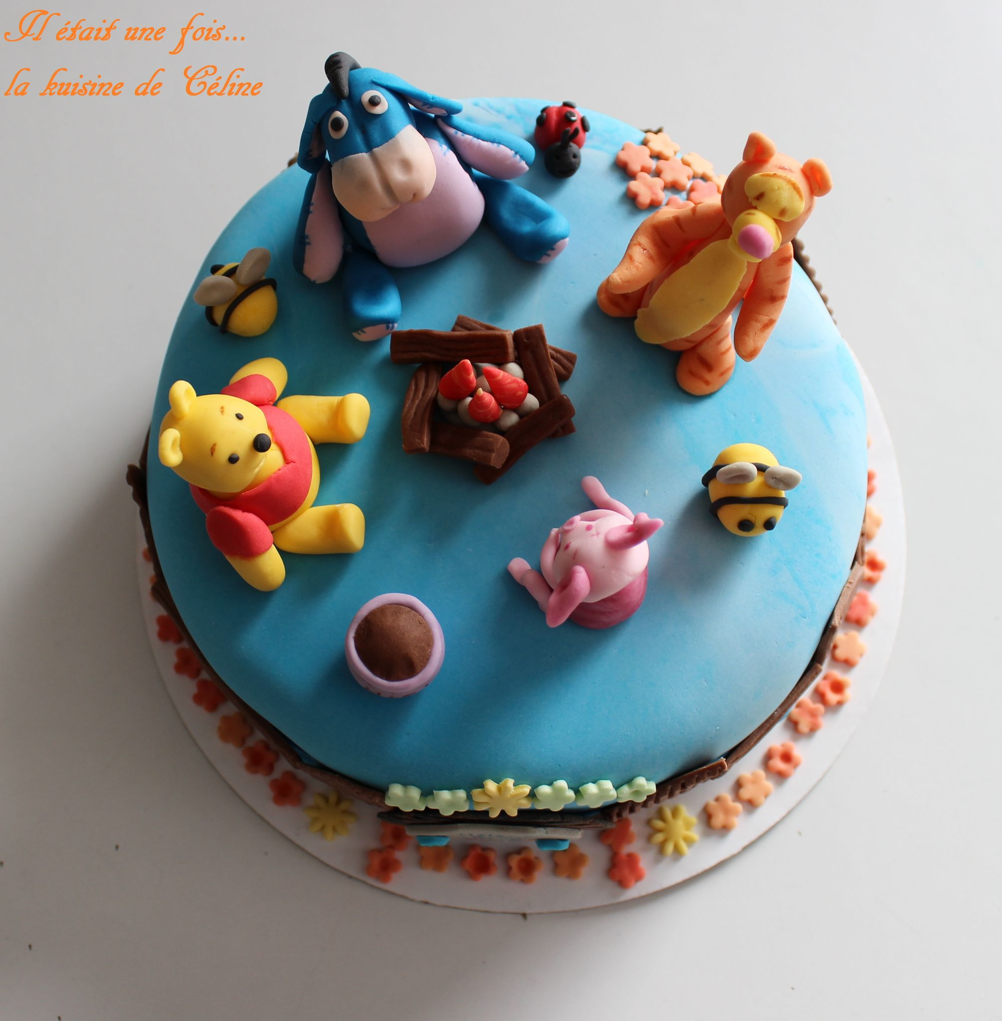 Decoration winnie l'ourson pour gateau