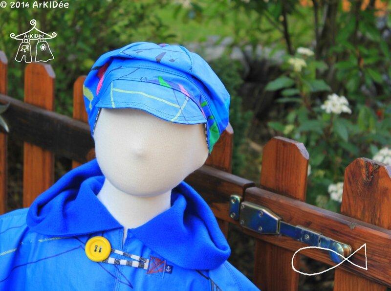 Poncho de pluie Détail col et casquette