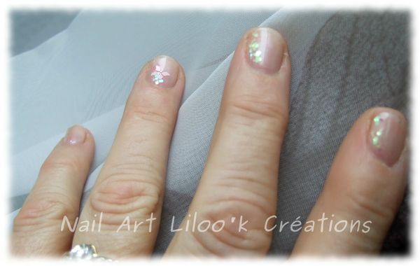 018 - vernis sp porcelaine + stickers + paillettes 4
