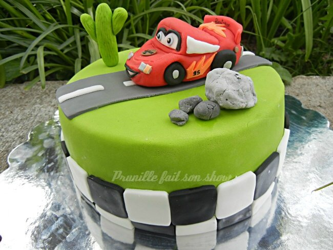 gateau cars prunillefee