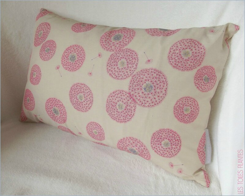 Coussin LOVE Liberty2