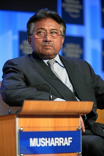 400px-Pervez_Musharraf_-_World_Economic_Forum_Annual_Meeting_Davos_2008_numb2