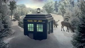 doctor_who_bbc_christmas_ident_tardis_snow