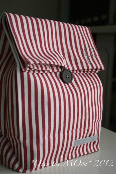 eco friendly school lunch bag over the moon. Black Bedroom Furniture Sets. Home Design Ideas