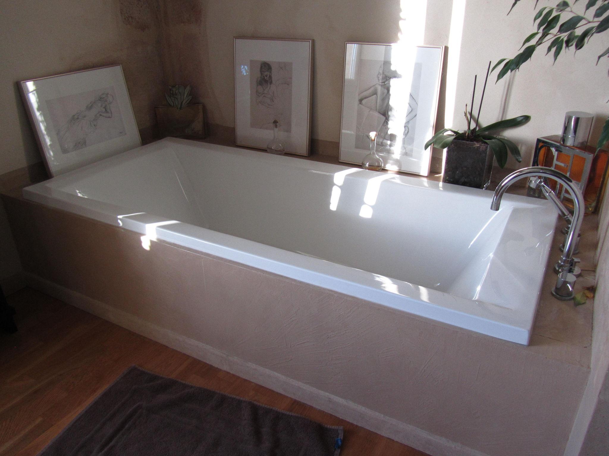 salle de bains tablier de baignoire en beton cire photo de - Beton Cire Salle De Bain Sur Faience