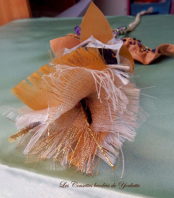 Fleur d' Atelier dorée JAD (1)