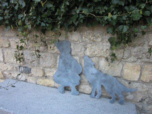 Le Chaperon Rouge et le Loup en zinc (4)