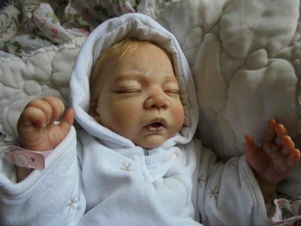 bebe reborn a vendre kathleen bebe reborn a adopter. Black Bedroom Furniture Sets. Home Design Ideas