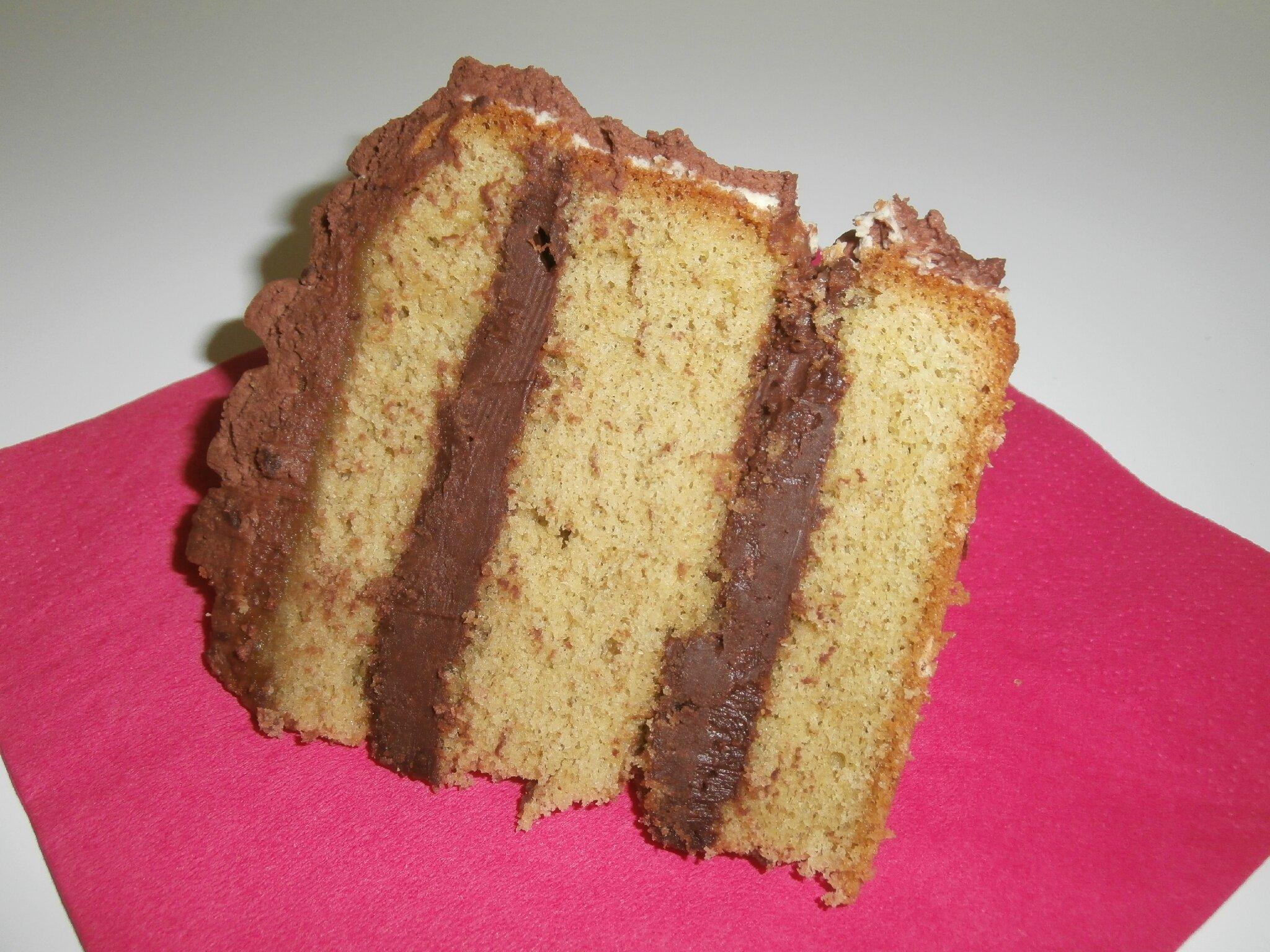 Chocolate petals cake les g teaux magiques d 39 alilo - Decoration gateau genoise ...