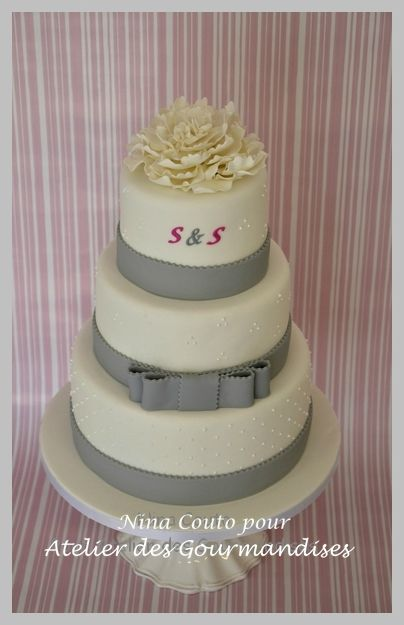 wedding cake blanc et gris
