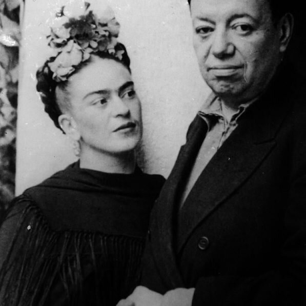 011-frida-kahlo-and-diego-rivera-theredlist-597x597