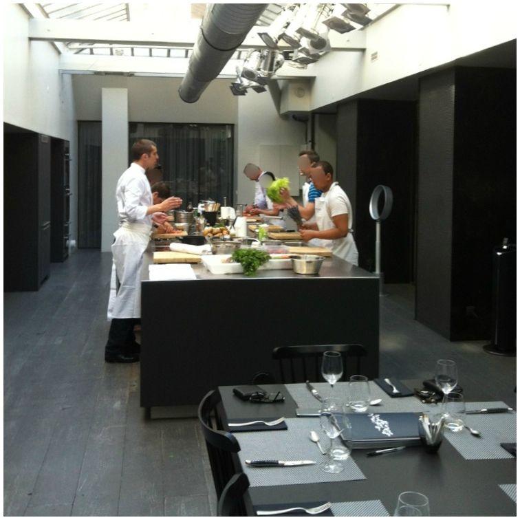 Cyril lignac quatre recettes exclusives de tartare par for Atelier cuisine cyril lignac