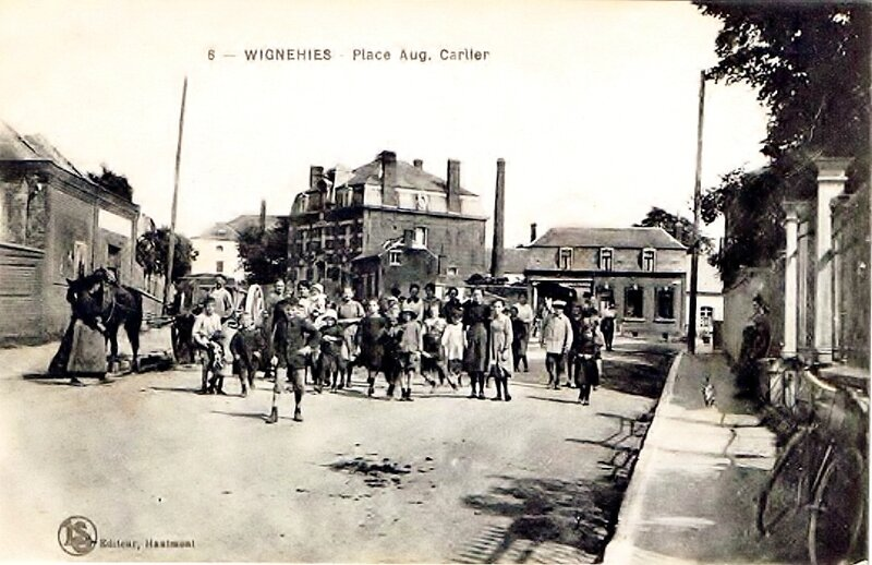 WIGNEHIES-Place Carlier (2)