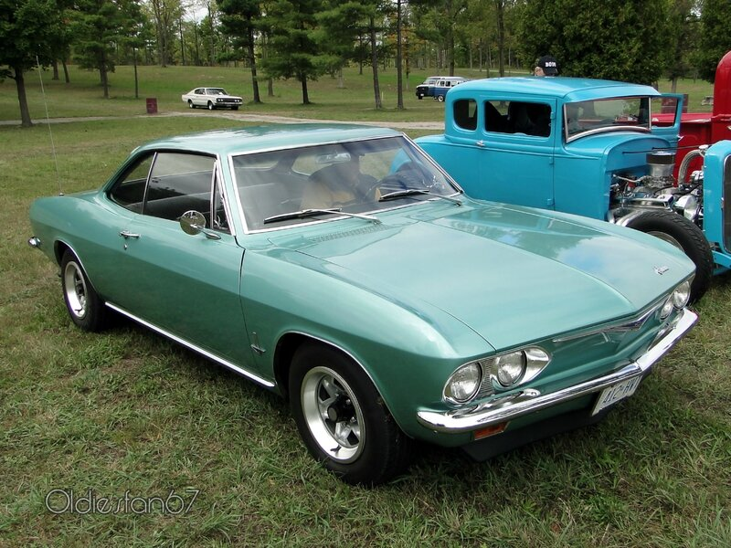 chevrolet-corvair-monza-coupe-1965-01